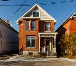 premium student rental house